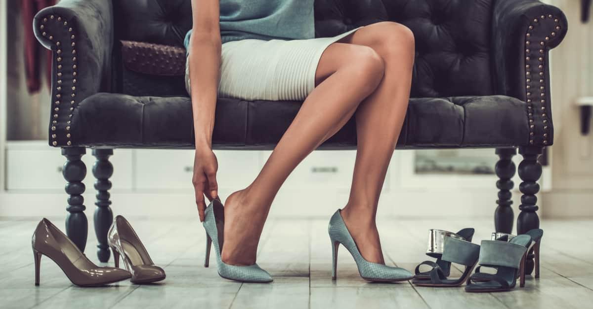Confira 3 calçados para combinar com seu look de final de ano
