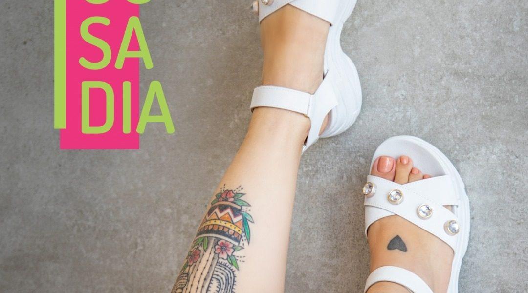 sandália papete branca